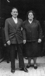 Ignacio y su esposa Antonia File0009Gorostiaga Liceaga, Ignacio