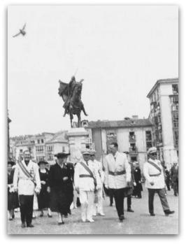 Inaugura estatua cid 1955