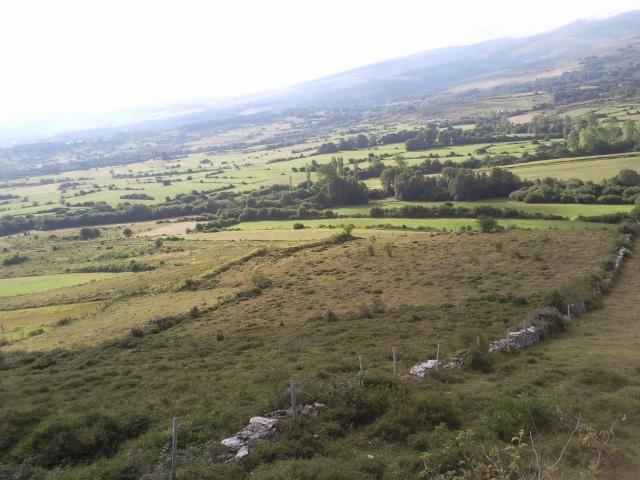 Foto de la trinchera (se supone que de los nacionales) de Villasante (en San Martín) equidistante también de Edesa, Loma y Noceco.